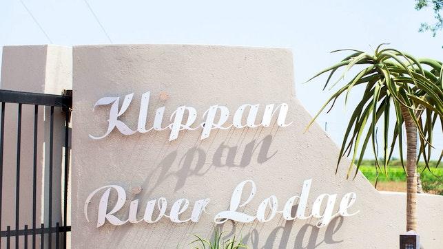 by Klippan River Lodge | LekkeSlaap