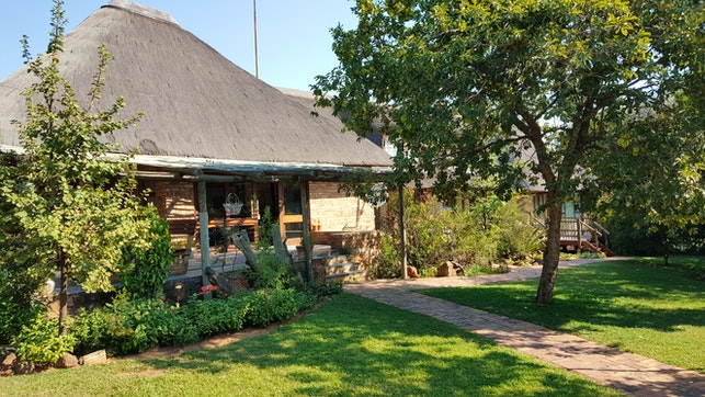 at Klip-Els Guest Lodge   TravelGround