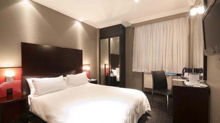 Pretoria SSB Akkommodasie by Manhattan Hotel | LekkeSlaap