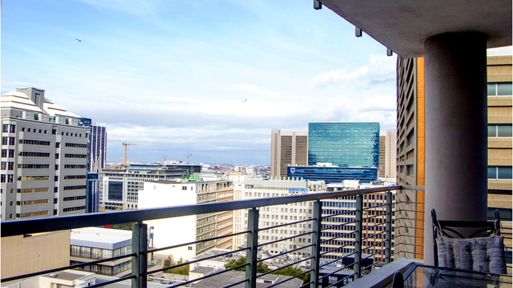 Kaapstad Middestad Akkommodasie by Dino's 1 Bed Apartment   LekkeSlaap