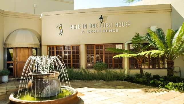 by Hole in One Guest House and Conference Centre | LekkeSlaap