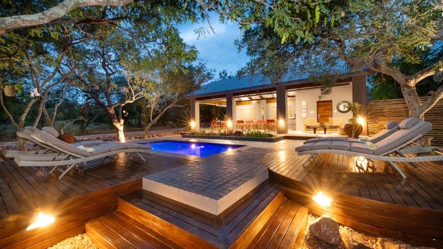 by Nyaleti Lodge and Villa   LekkeSlaap