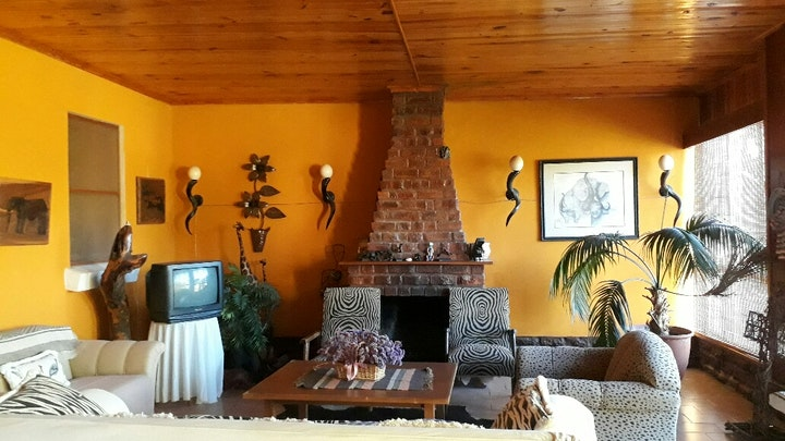 South Cape Accommodation at Oudtshoorn Self-catering - Kleynspoort Farm House   TravelGround