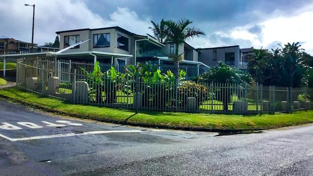 by Shad Bay Apartments | LekkeSlaap