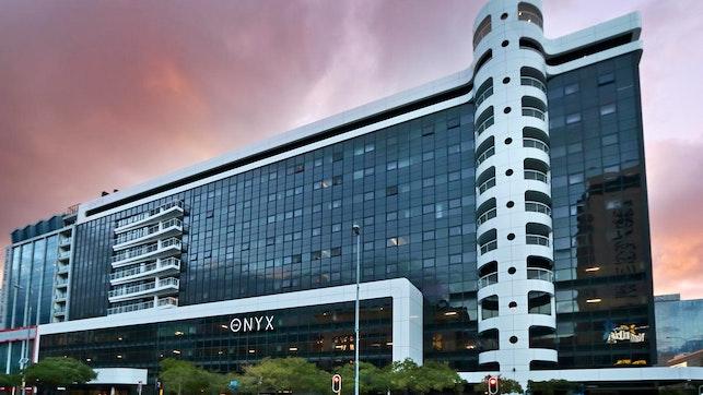 at The Onyx | TravelGround