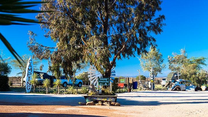 Namaqualand Accommodation at Die Houthoop Gasteplaas en Opelug Restaurant | TravelGround