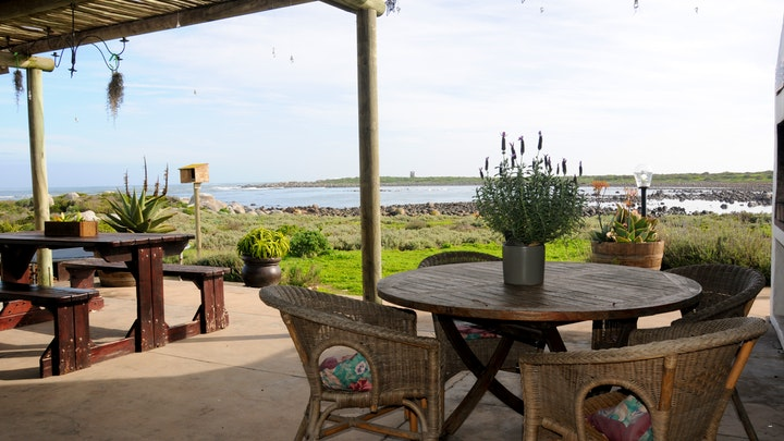 Jacobs Bay Accommodation at Oorgenoeg in Jakobsbaai | TravelGround