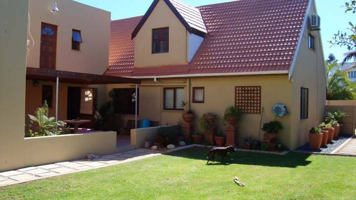 Table View Accommodation at Pentzhaven Guest House | TravelGround