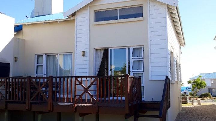 by Pinnacle Point Gholf Lodge 104   LekkeSlaap