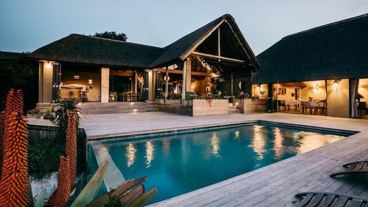 Greater Addo Akkommodasie by Bukela Game Lodge | LekkeSlaap
