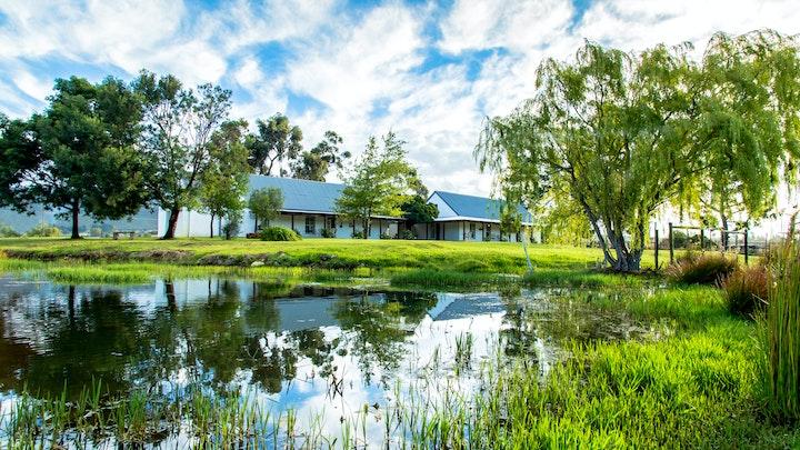 Suid-Kaap Akkommodasie by Shanzeley Guest House | LekkeSlaap