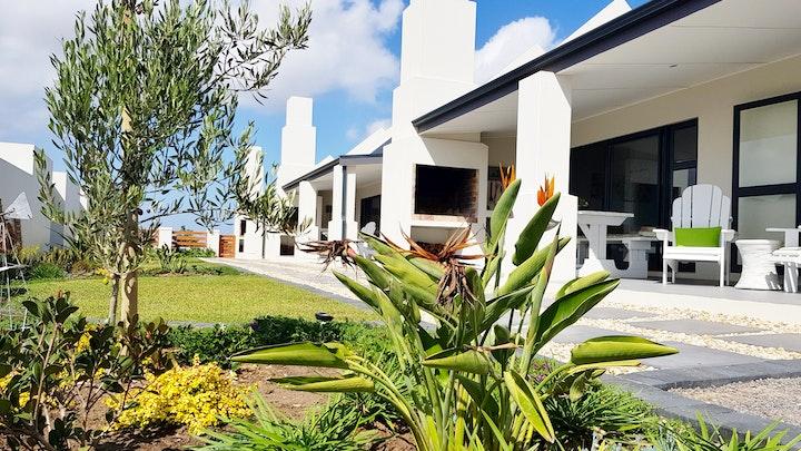 Olifantskop Accommodation at Three Feathers Cottages | TravelGround