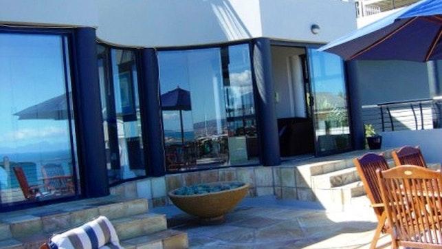 by Sugar Beach Luxury Self-catering Accommodation   LekkeSlaap