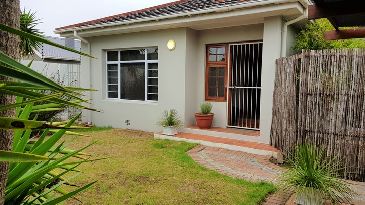 by Affinity Cottages | LekkeSlaap